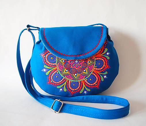 Malá modrá kabelka s farebnou mandalou   DARTASKA - SAShE.sk ... 0bb08dffa60