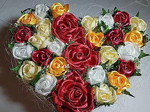 Dekorácie - Gratulačná kytica v tvare srdca - 7686257_