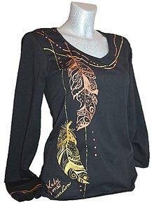 Tričká - Ručne maľované tričko s etnomotívom pierok - 7685573_