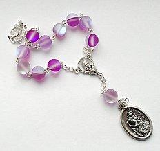Iné šperky - Růženec do auta se Svatým Kryštofem (měsíční kámen) - 7691429_