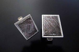 Iné šperky - Strieborné manžetové gombíky s meteoritom - 7695647_