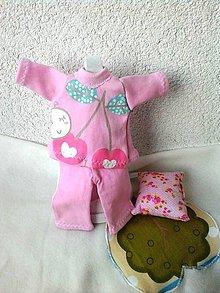 Hračky - Pyžamko s vankúšikom pre bábiku - 27- 28 cm. - 7696057_