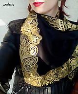 Šatky - V ten večer...-luxusná hodvábna šatka s maľovanou zlatou krajkou - 7700828_