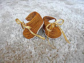 Topánočky - zlaté tenisky so srdiečkom :) - 7698858_