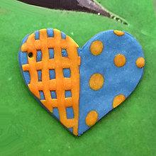 Náhrdelníky - ❤ Valentínske srdiečko puntíky a mriežka (prívesok) - 7698835_