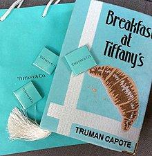 Kabelky - Kabelka v podobě knihy Breakfast at Tiffany's - 7703111_