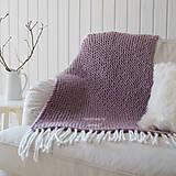 Úžitkový textil - Pletená deka ... starofialka so strapcami - 7707814_