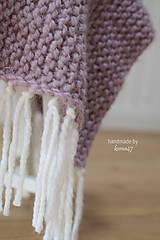 Úžitkový textil - Pletená deka ... starofialka so strapcami - 7707830_