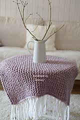 Úžitkový textil - Pletená deka ... starofialka so strapcami - 7707842_