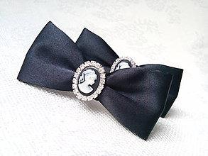 Obuv - Madame Chanel shoe clips (black) - 7707986_