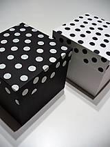 Krabičky - bodkované krabičky - 7709272_