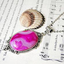 Náhrdelníky - Antique Silver Pink Agate Necklace / Masívny náhrdelník s ružovým achátom v starostriebornom prevedení - 7711174_
