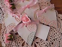 Darčeky pre svadobčanov - Svadobné magnetky s menovkami - púdrový dotyk mäty:-) - 7712899_
