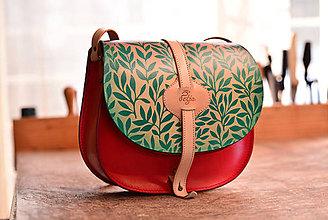 Kabelky - kabelka kožená lovecká  saddle bag ARTEMIS S REMIENKOM - červená   zelená 917f2301ec3