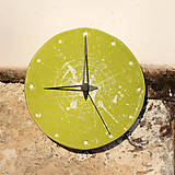 Hodiny - Keramické hodiny Kruh střední - Sasanky v trávě - 7710119_
