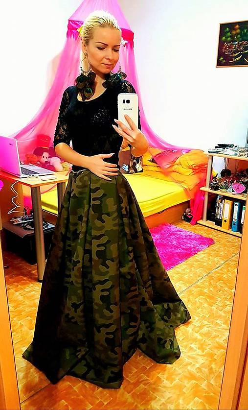 d5d2f95d7130 Dlhá ARMY maxi sukňa s vreckami   Lady M Fashion - SAShE.sk ...