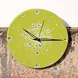 Hodiny - Keramické hodiny Kruh velký - Sasanky v trávě - 7714730_
