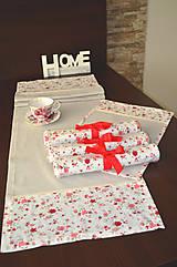 Úžitkový textil - Krásny obrus s podnosmi na stôl - 7721238_