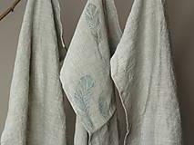 Úžitkový textil - Set troch ľanových utierok s ručnou potlačou pierok - 7724905_