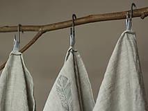 Úžitkový textil - Set troch ľanových utierok s ručnou potlačou pierok - 7724908_