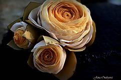 Čiapky - Hodvábno-vlnený klobúk čierny s horčicovými ružami - 7725945_