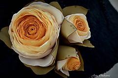 Čiapky - Hodvábno-vlnený klobúk čierny s horčicovými ružami - 7725953_