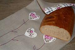- Ľanový chlebník dvojvrstvový Ružičkové srdiečka 56x35 - 7728136_