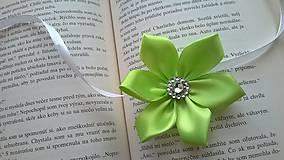 Pierka - Zelený náramok pre družičku - 7728695_
