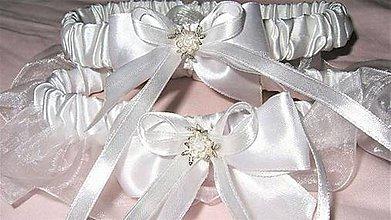 Drobnosti - Svadobný podväzok z bieleho saténu s organzou - 7728202_