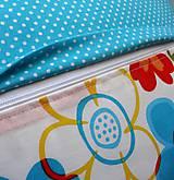 Úžitkový textil - Vankúš - rozsypané kvety - 7730554_