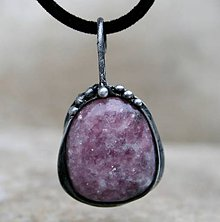Náhrdelníky - Lepidolit prívesok/náhrdelník - 7730866_