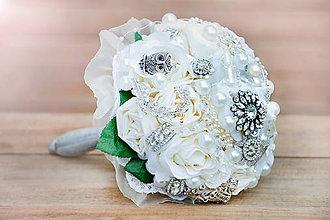Dekorácie - Luxusná svadobná kytica - 7727950_