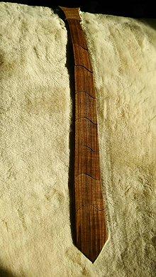 Doplnky - Drevená kravata tmavá - 7732440_