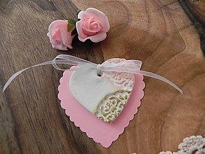 Darčeky pre svadobčanov - Svadobné srdiečko - malinový bozk:-) - 7732342_