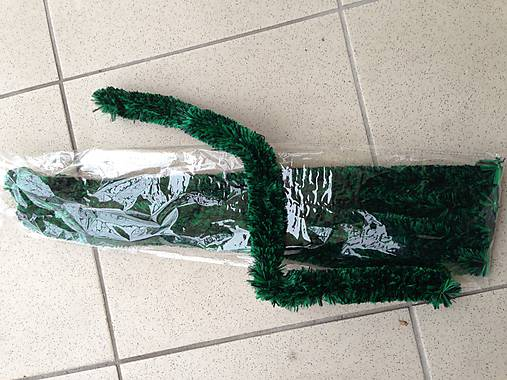 Twistios-tmavo zelena