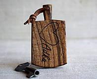 Kľúčenky - Kľúčenka z orechového dreva s menom - 7736917_