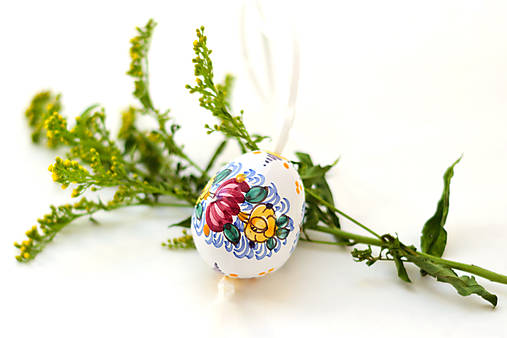 Veľkonočné tradičné keramické vajíčko