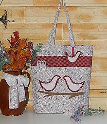 Nákupné tašky - Bordová nákupná taška s vtáčikmi - 7737365_