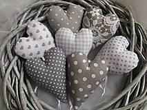 Sivé levanduľové srdiečká