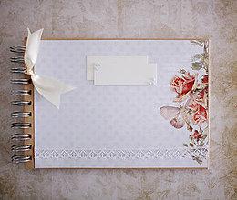 Papiernictvo - Scrapbook album / kniha hostí MOTÝĽ - 7741606_