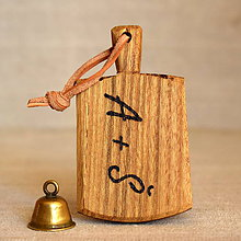 Kľúčenky - Kľúčenka z agátového dreva s iniciálmi - 7740601_