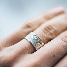 Prstene - prsteň / obrúčka s odtlačkom prsta - 7742685_
