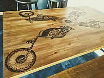 Nábytok - Jedálenský stôl - motorka - 7740805_