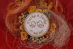 Darčeky pre svadobčanov - Drevená svadobná magnetka ako vyslužka hosťom  82 - 7742564_