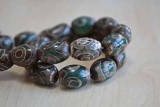 Minerály - Tibetský vintage Dzi achát 14x15mm, 1.10€/ks - 7741000_