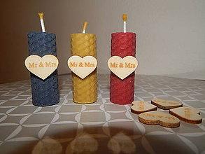 Darčeky pre svadobčanov - Sviečky z medzistienok Mr & Mrs - 7753372_