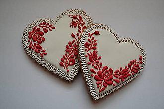 Dekorácie - Medovníkové srdce s ľudovým vzorom - 7752847_