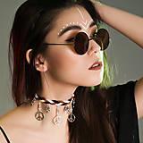 Splietaný hippie choker náhrdelník