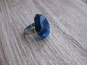 Prstene - Živicový prsteň farebný ovál (Modrý prsteň trblietavý zo živice č.705) - 7757160_