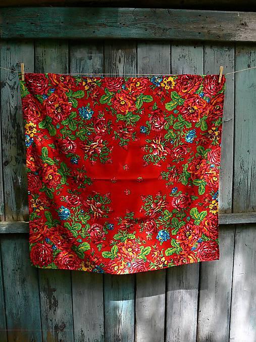 Červený kašmírový šátek plný květů   REPARADA - SAShE.sk - Handmade ... 866338c699